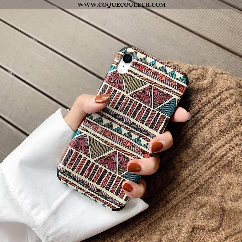 Coque iPhone Xr Silicone Rouge Fluide Doux, Housse iPhone Xr Personnalité Ethnique